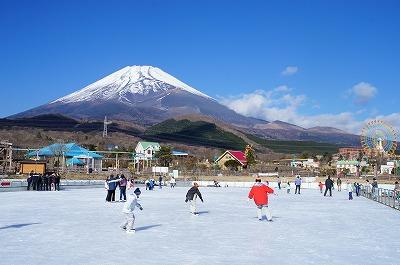 スケートリンク11月19日OPEN(予定)