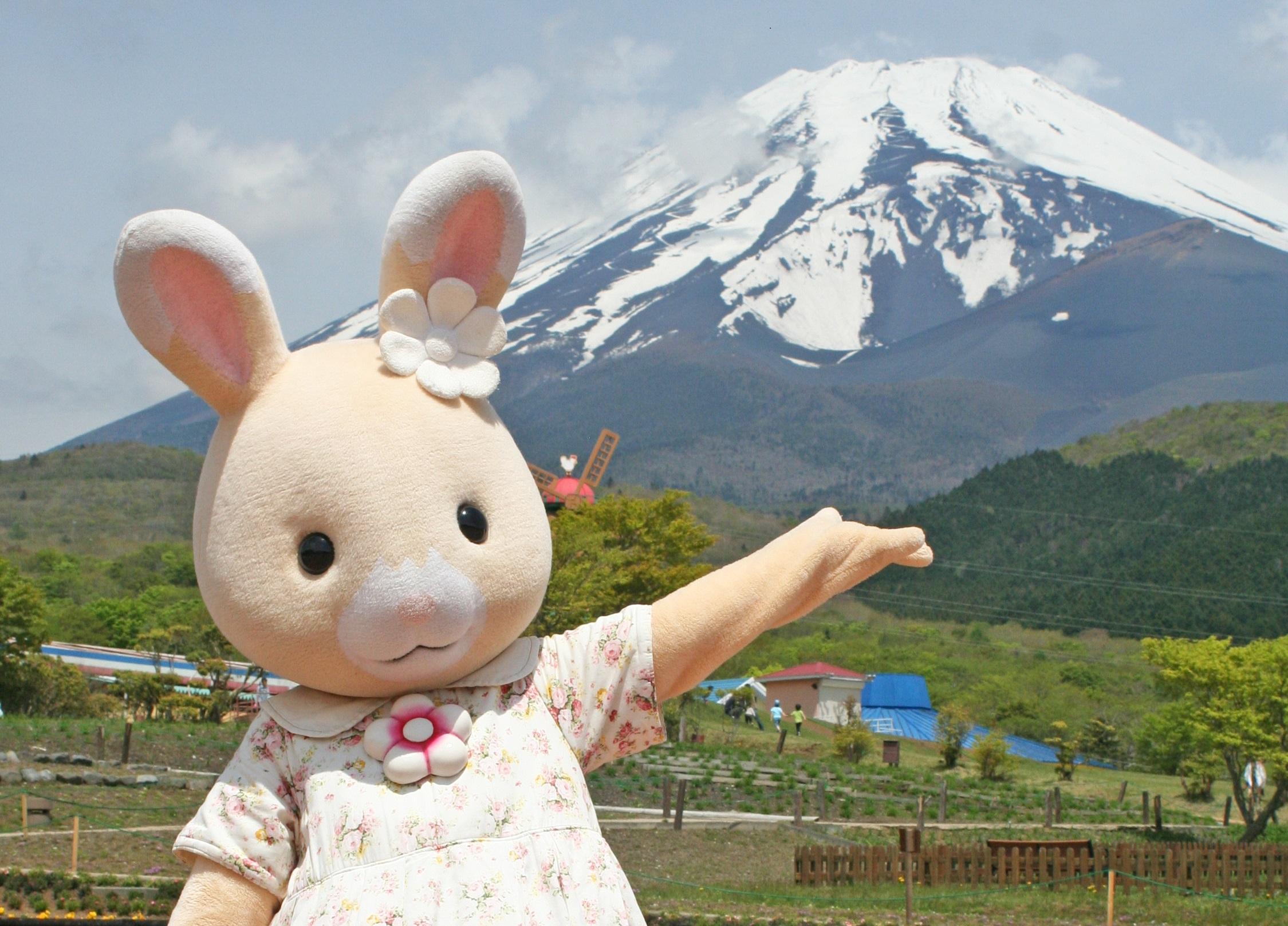 ののはなうさぎちゃんが富士急ハイランドに行くよ♪